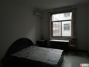 南韩大街王国超市对面2室1厅1卫租金面议