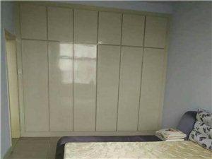 华兴苑2室1厅1卫950元/月