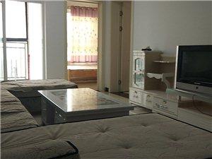 奥园广场26楼三室简装家具家电齐全拎包入住