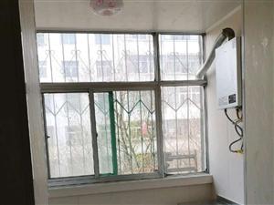西小区2室2厅1卫1500元/月精装修