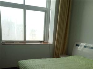 幸福小区1室1厅1卫700元/月