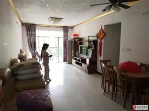 龙腾嘉园3室2厅2卫1800元/月