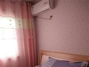 新港假日2室2厅1卫1600元/月