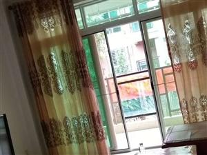 博海假日风情3室2厅2卫1800元/月