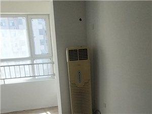 凯旋城3室2厅1卫1300元/月