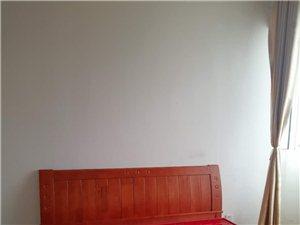 富丽豪庭小区中装1室1厅1卫1100元/月