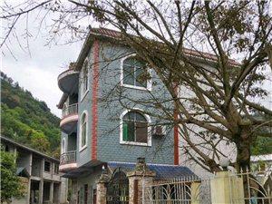 房子出售,也可出租,地址旧城镇马安村西牛四社村道路旁
