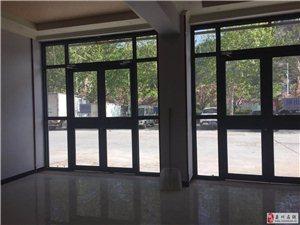 滨河大道一楼精装修2室2厅1卫2500元/月