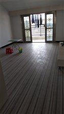 金域龙城新装送露天阳台3室2厅1卫55万元