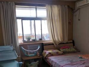 大港六中二小學区房,一室大独单。