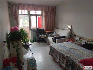 出售胜利里两室,二楼,正规偏单,有钥匙,没税,看房方便!