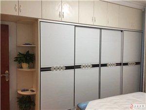 吉房出售,精装修未入住,家具家电全新。
