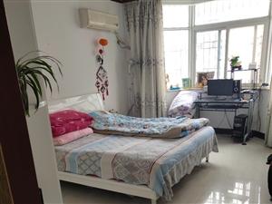 紫弦庭苑4室2厅2卫86万元