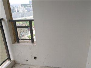 雍景上河湾二期3室2厅2卫88万元