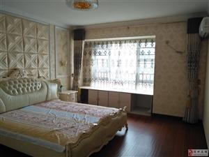 水榭丹堤145平精装3房2厅2卫3+1户型