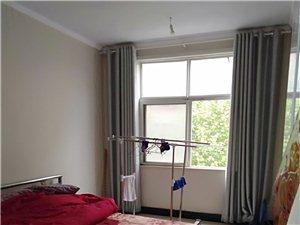 班庄三楼精装修三室两厅