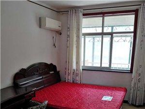 碧海家园一期3室2厅2卫1200元/月