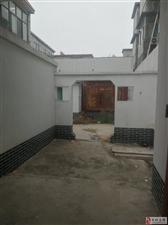 大胡民房5室2厅2卫1250元/月