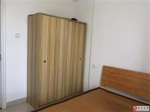 万国1室1厅1卫1300元/月包物业和网费