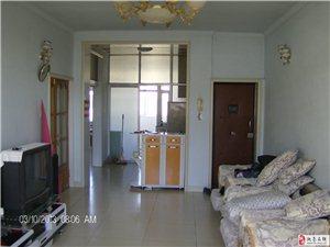 中醫院家屬樓2室1廳2衛666元/月