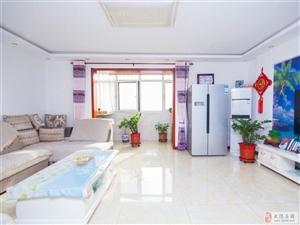 出售海川园电梯洋房3室2厅2卫148平米精装