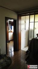 科研小区4楼60平2室1厅精装修45万元