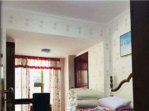 山台山豪装电梯洋房3室2厅2卫90.8万元