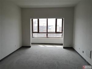 云禧郡电梯洋房9楼带阁楼带车位明厕99平142万