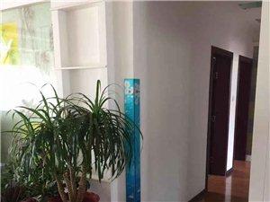 紫轩二期3室2厅1卫2600元/月