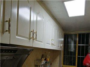 碧海幸福家园三室两厅一卫580元/月