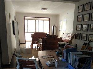 个人出售一楼带小院房子