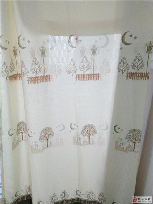 出售9成新窗簾2塊30元,每塊1米5寬長2米5高