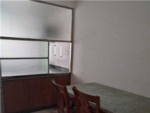 特价房龙苑小区套房出售106.6平仅售72万