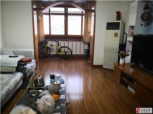 港明里中间楼层98平两室通厅明厕周边商业