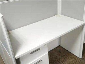转让闲置95成新办公桌及橱柜