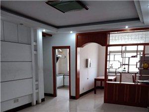 步行街3室2厅1卫1200元/月