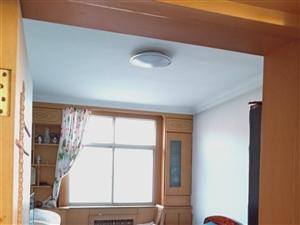 新盛小区3室1厅1卫136平米位置好楼层好