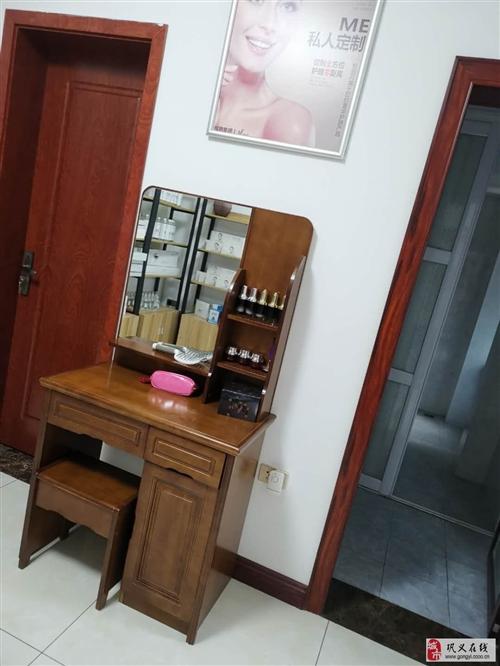 超低價轉讓美容儀器,美容床,美容產品等設備