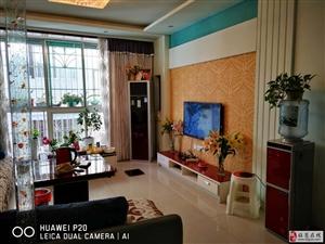 售精装房3室2厅1卫36万元