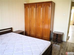 春港花园二楼104平两室通厅家具家电全齐