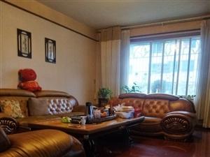 售 凤阳巷精装3室2厅2卫58万元