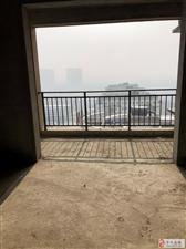 世博一期西亚对面5号楼16层小3居100平米