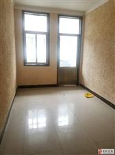 大胡马庄独门独院4室2厅2卫1250元/月
