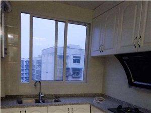 富达路森林公安对面3室2厅2卫精装1200元/月