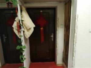 凌鋼東二2室1廳8000元/年包取暖