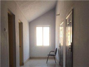 1388豪门庄园2室2厅1卫700元/月阁楼