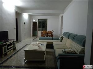 枫叶花园旁边新房出租4室2厅2卫2200元/月