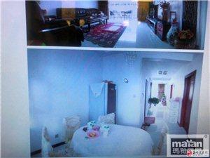 宝城中央公馆3室2厅1卫2600元出租