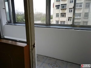 蚬河小区3室2厅1卫48万元已空置的干净房