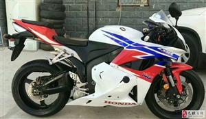 出售09年CBR600 本田摩托